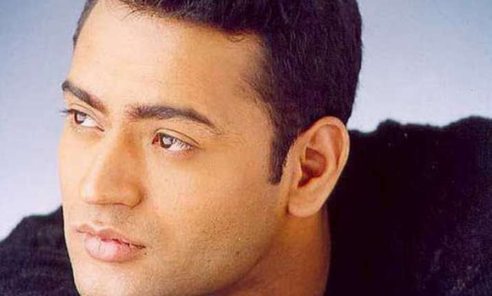 bhanu uday takes romance classes from wife