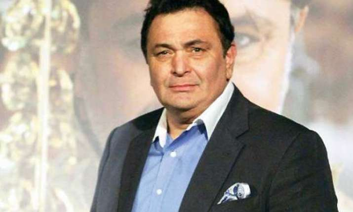 rishi kapoor back on twitter gets warm welcome