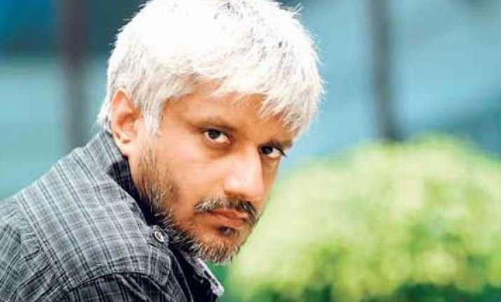 vikram bhatt s scripts to turn into novel