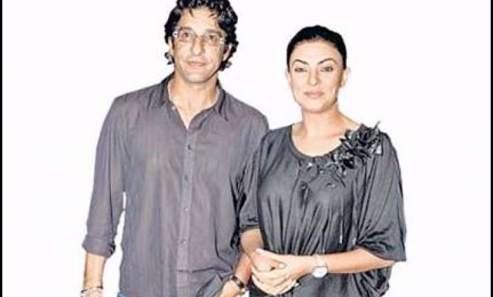 sushmita bowled over by wasim akram