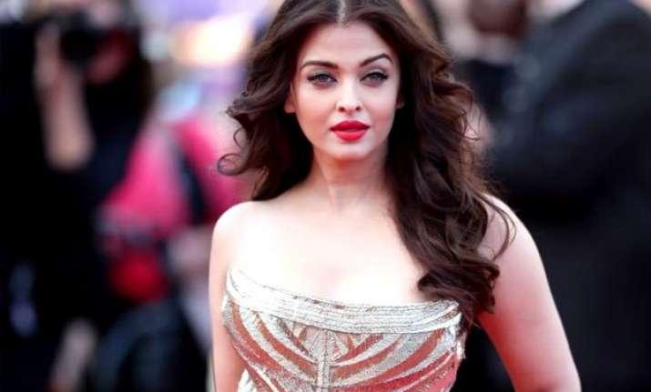 cannes 2015 aishwarya rai bachchan to launch first look of