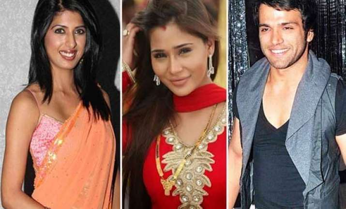 tv actors aishwarya sara and rithvik share their diwali