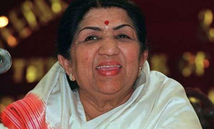 lata praises narendra modi i consider you a great leader