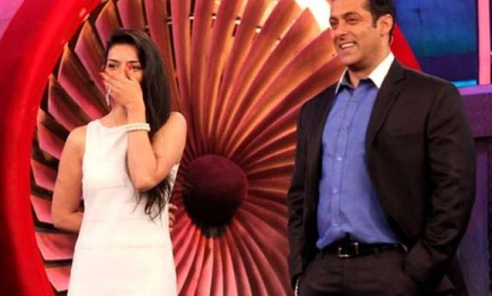 bigg boss 8 day 14 sukirti gets evicted vj andy declares