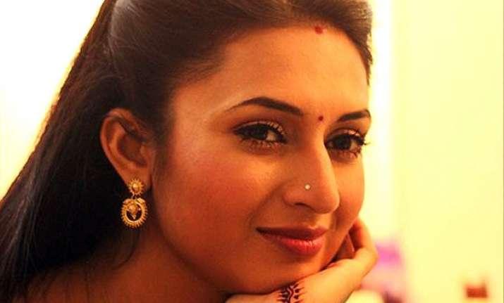 divyanka tripathi trying her best to live life happily