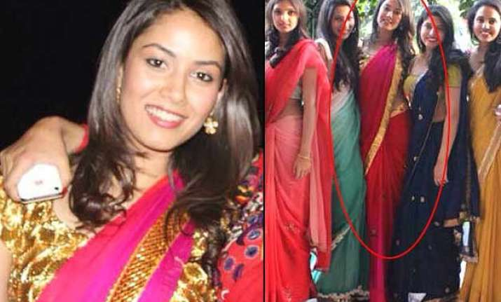mira rajput looks hot and beautiful in a saree without