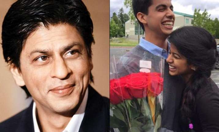 the king of romance srk helps a guy get his date