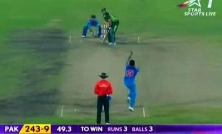 salman khan s bajrangi bhaijaan disappoints cricket lovers
