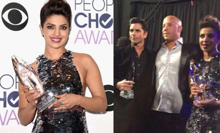 priyanka chopra wins people s choice awards for quantico