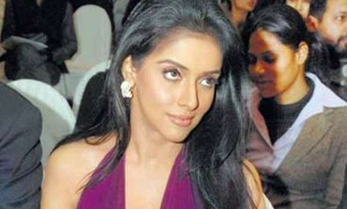 asin bags another film opposite salman
