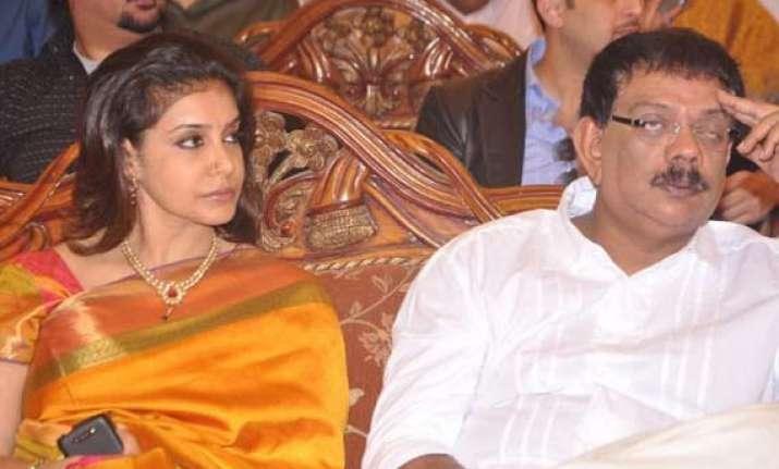 priyadarshan lissy file for divorce