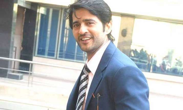 hiten tejwani loves to act with others wives