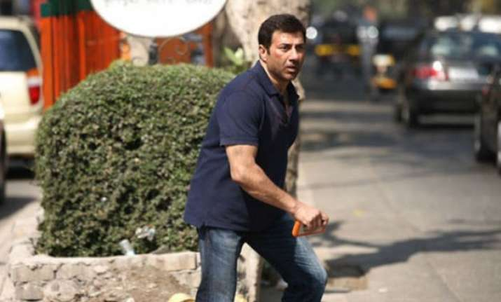 sunny deol says ghayal once again relevant to youth