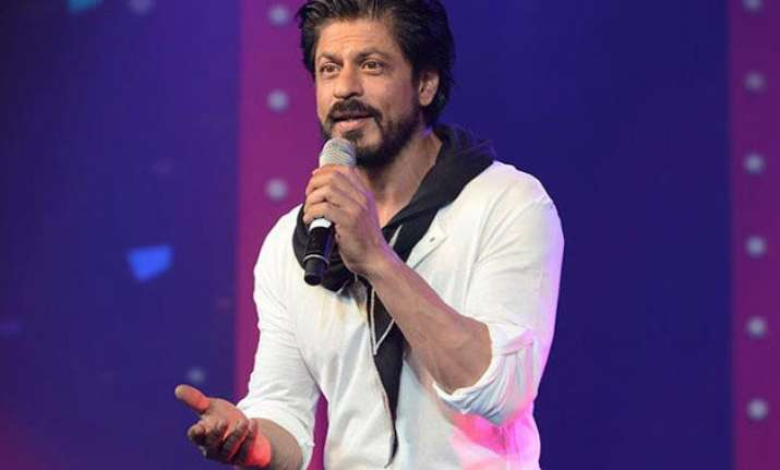 when shah rukh khan recalled an emotional incident from his