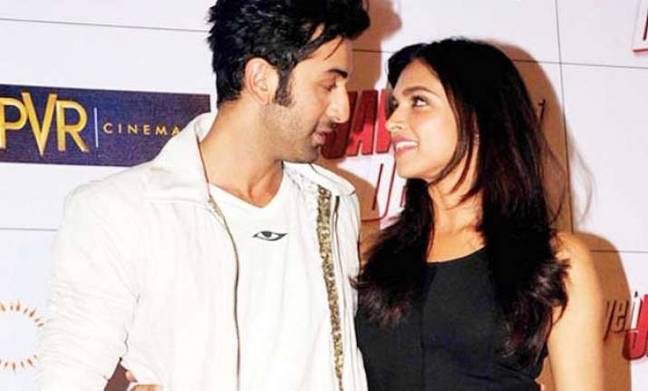 omg deepika padukone shocks again says i would marry ranbir
