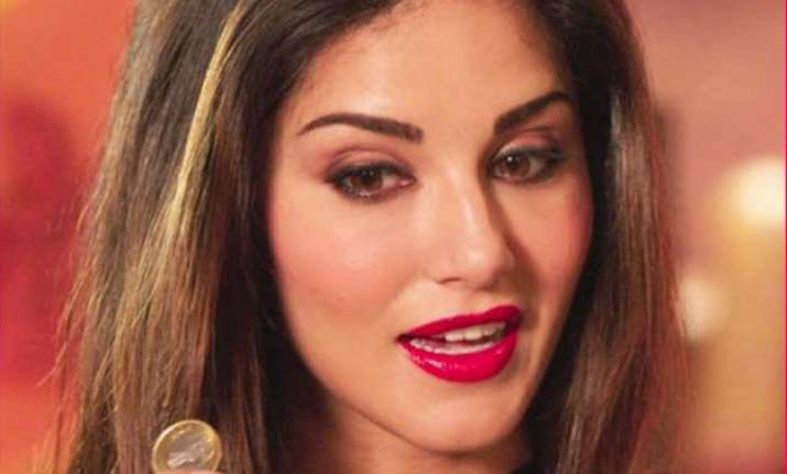 india tv sex - sunny leone defends mastizaade says it is not sex comedy