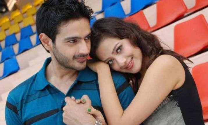 tere sheher mein amaya mantu s friendship takes romantic