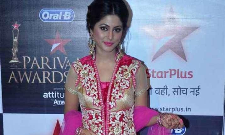 hina khan denies affair with her show s producer
