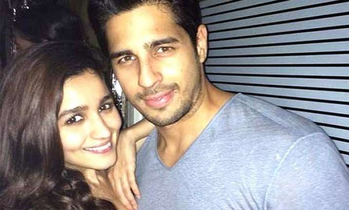 are siddharth alia living together