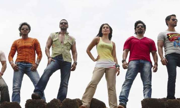 kareena ajay refuse to turn up for promotional song shoot