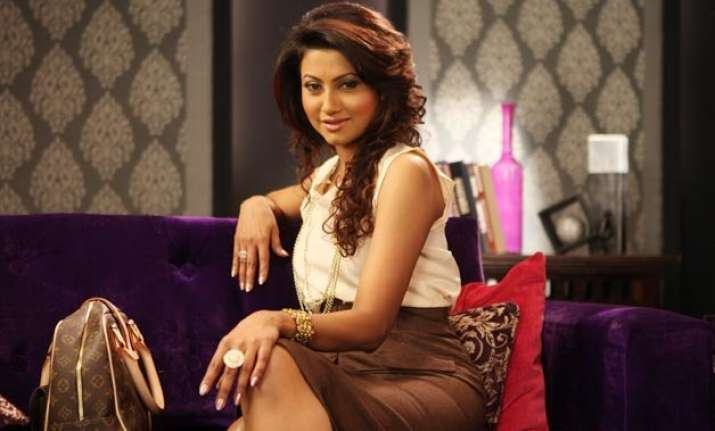 bigg boss ex contestant nigaar khan getting married to a