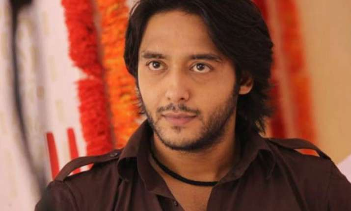 omg munnabhai mbbs actor vishal thakkar booked for raping