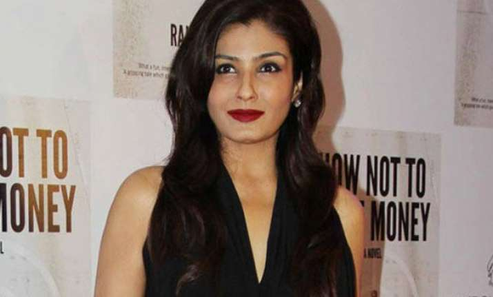 raveena tandon to do an intimate scene in her next as