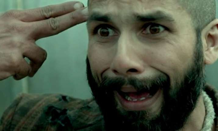 shahid kapoor s haider rides on word of mouth