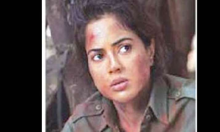 sameera plays a naxalite in red alert