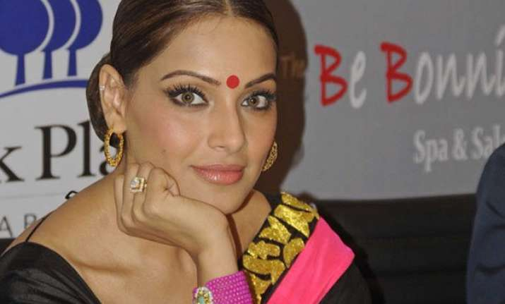 bipasha basu feels horror as a genre needs encouragement