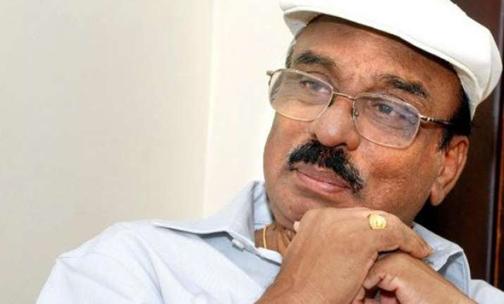 j.c. daniel award rewarded to veteran malayalam director