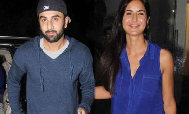 here s why lovebirds ranbir katrina were standing on road