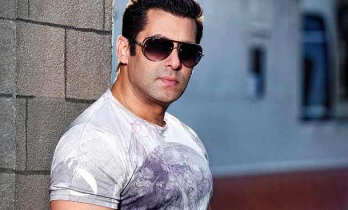 salman khan wishes luck to pyaar ka punchnama 2