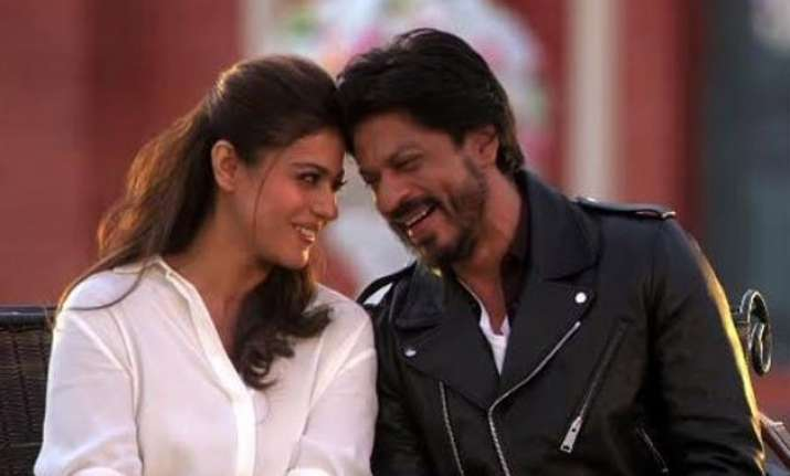 shah rukh khan wants his daughter suhana to learn from kajol