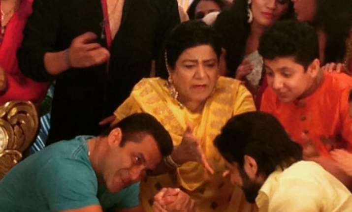 yeh hai mohabbatein salman khan to play arm wrestling with