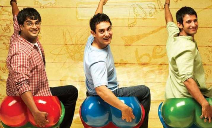 aamir khan s blockbuster 3 idiots to get a sequel soon