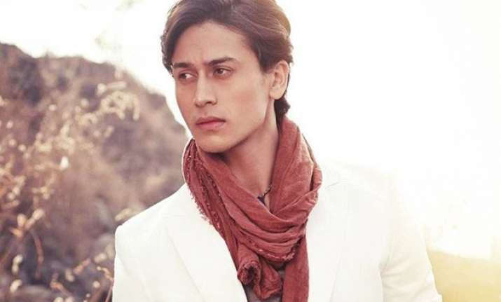 tiger shroff to thrill his fans with baaghi stunts