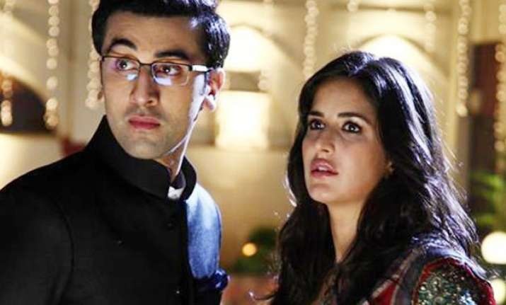 omg ranbir kapoor caught cheating on his girlfriend katrina