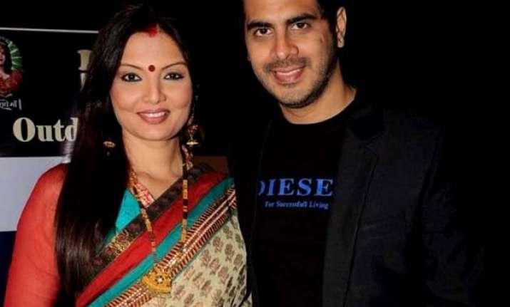 bigg boss ex contestant deepshikha s husband threatens to