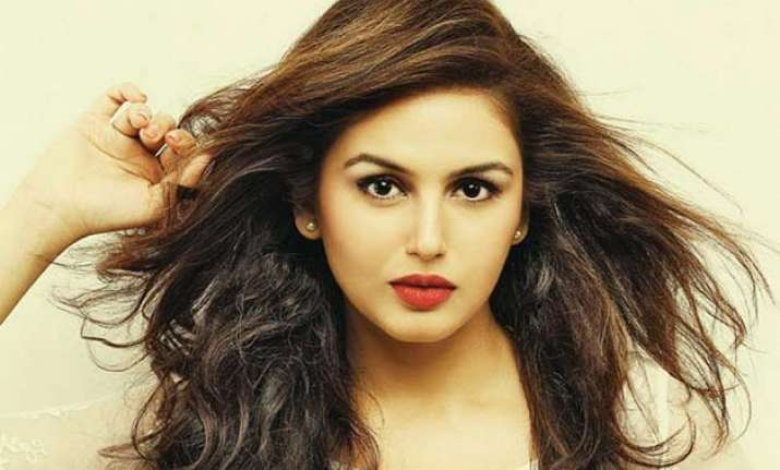 huma qureshi will have great global cinema launch with my