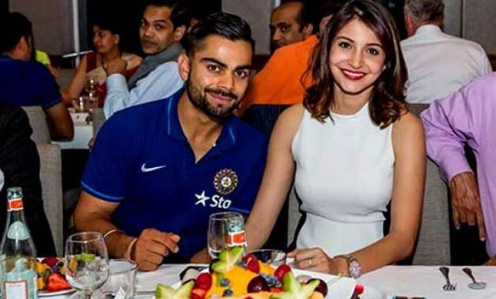 wow anushka sharma in sydney to cheer for virat kohli