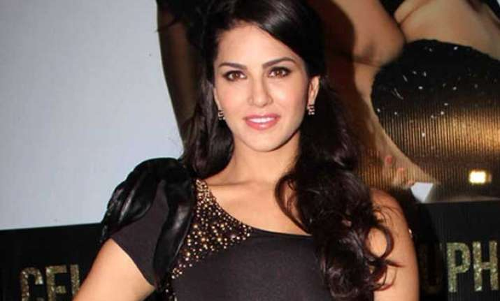 sunny leone to guest star in aahat
