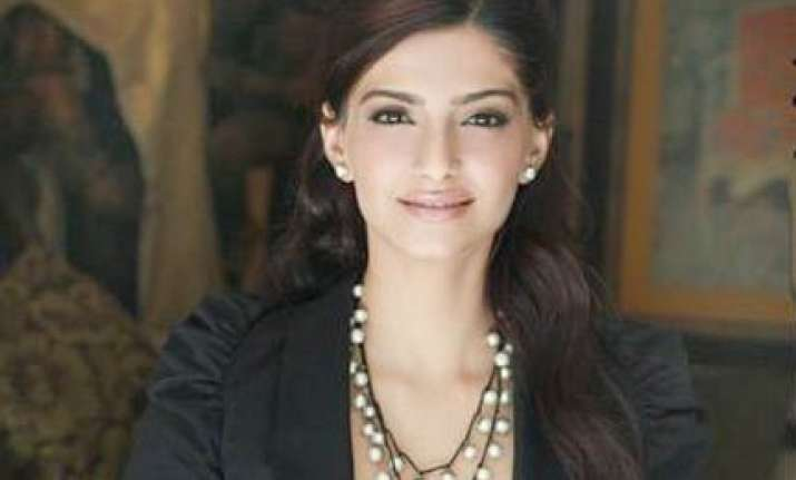i am not in the rat race says sonam