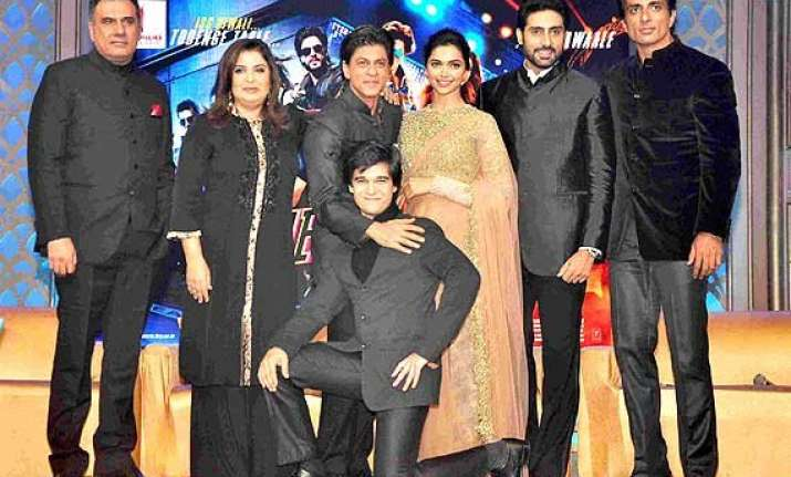 happy new year everywhere how srk and team showed that a