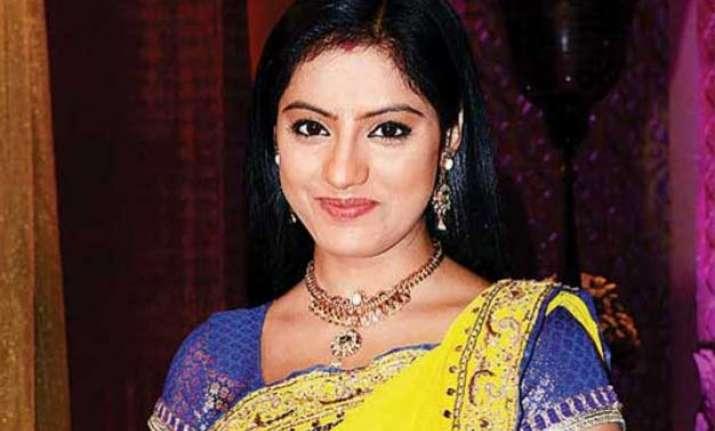 diya aur baati hum sandhya to don bengali woman avatar for
