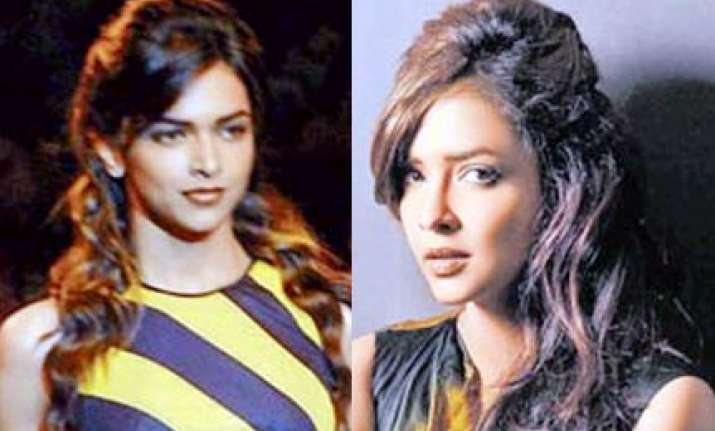 telugu star daughter is deepika s look alike