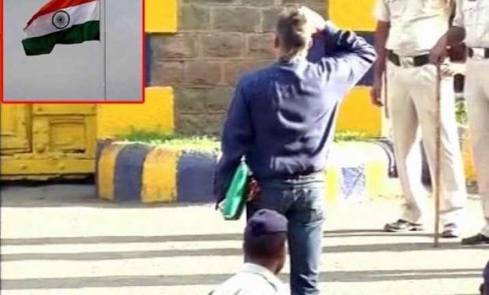 watch sanjay dutt kisses soil salutes national flag before