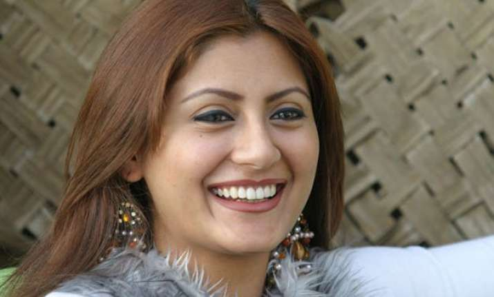 rimmi sen abhishek bachchan s on screen wife who wants her