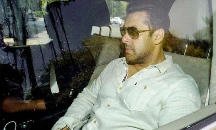 salman khan fled from accident spot leaving people trapped