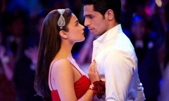 sidharth malhotra talks on dating alia bhatt and sharing